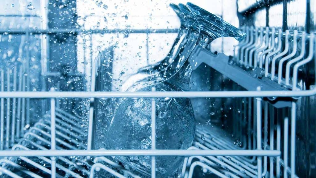 How Much Water Does a Dishwasher Use?